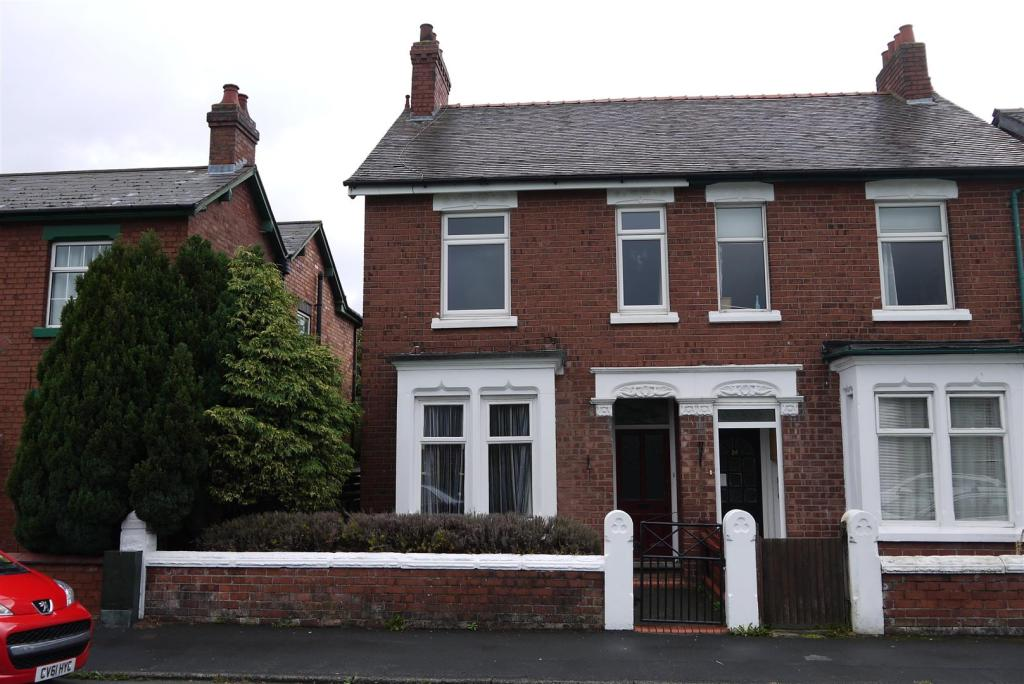 3 Bedroom Semi Detached House For Sale In Cambridge Street Stafford St16