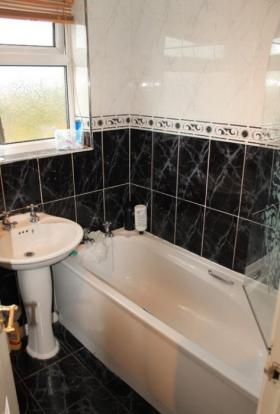 717_bathroom.jpg