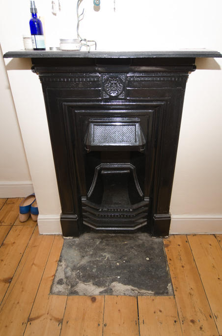 Bed one fireplace