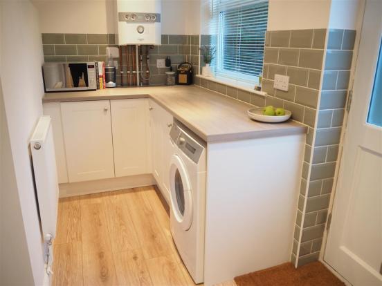 Kitchen Side 2