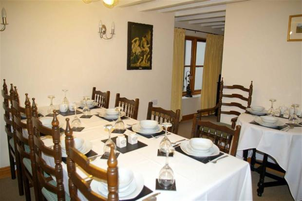 DINING ROOM with EN-