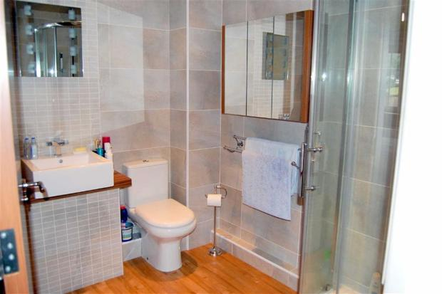 EN-SUITE TILED THREE