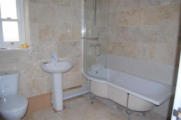 MARBLE TILED 3-PIECE