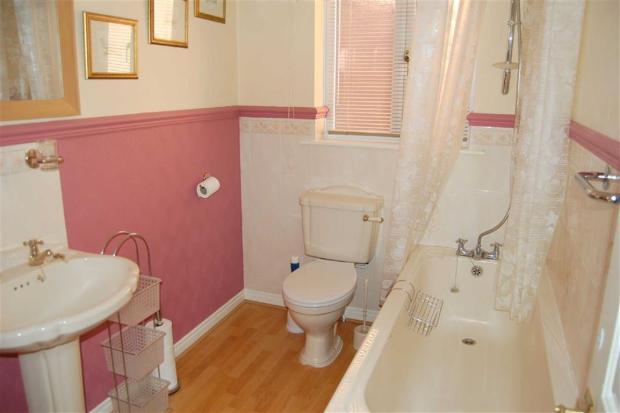 3-PIECE BATHROOM