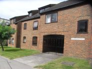 Flat to rent in WOKINGHAM