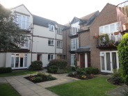 2 bed Flat to rent in Sunderland Avenue...
