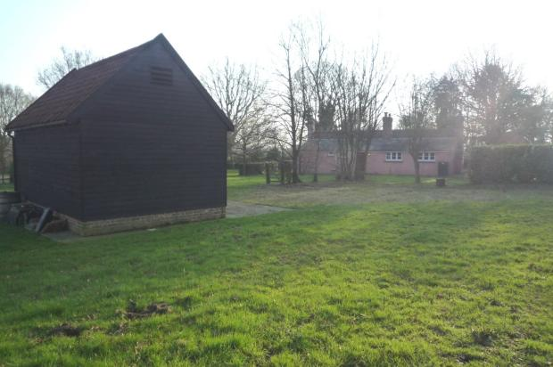 Flat Roof Shed Plans - Three Reasons This Outbuilding Blueprint is