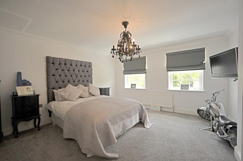 Bedroom 1 Wet Room