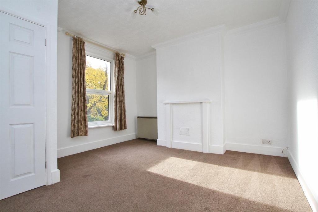 lounge (3).jpg