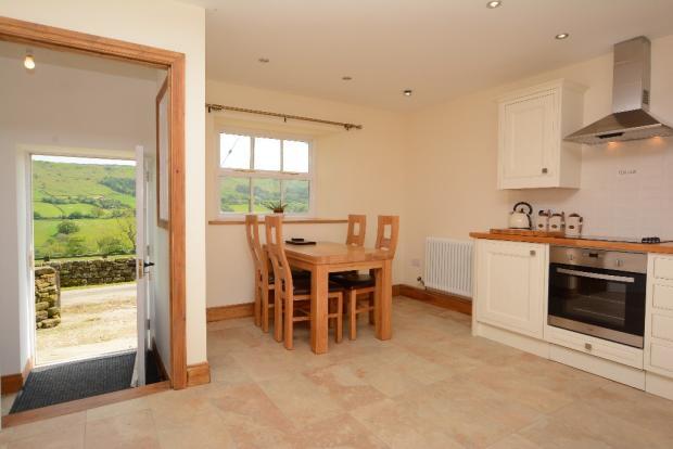 Cottage - Kitchen