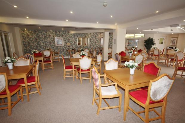 commual dining room.