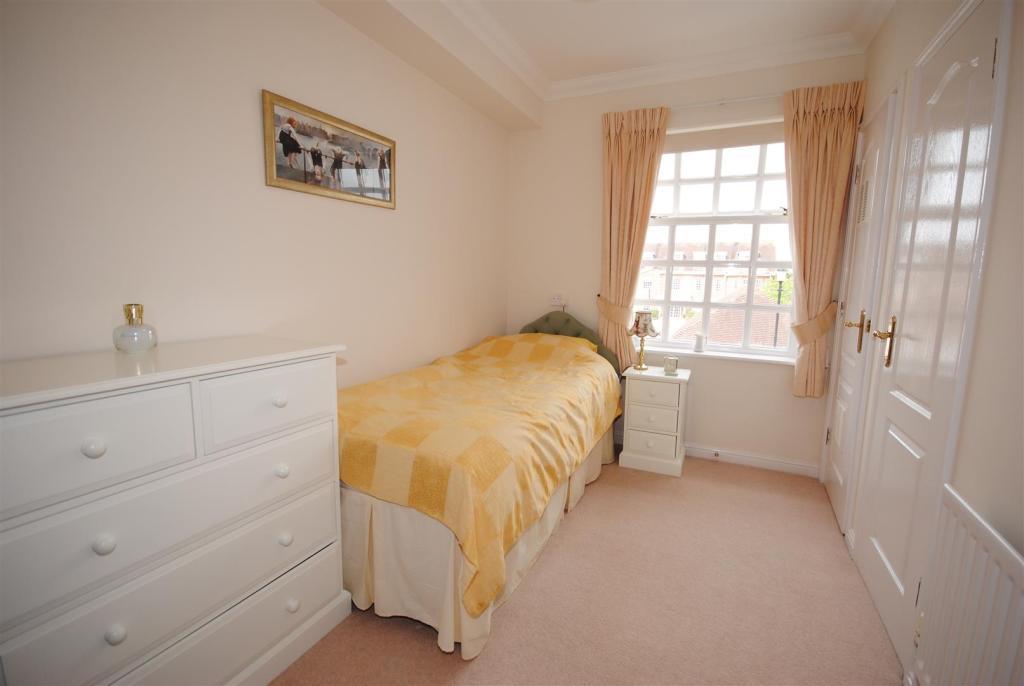 Bedroom 2 15.JPG