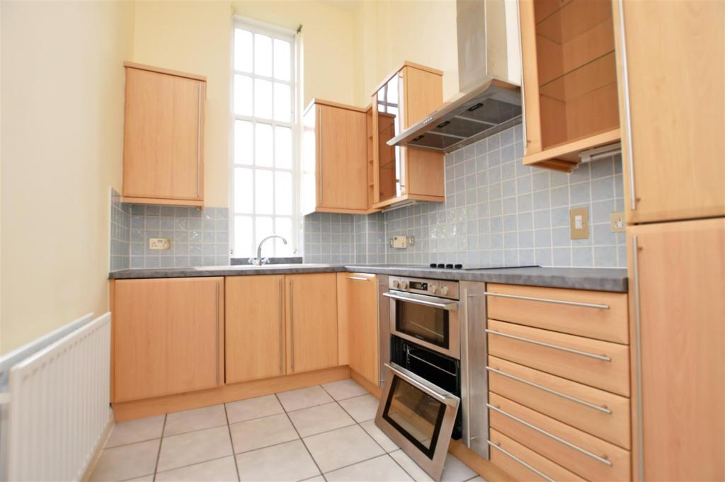 Kitchen 2505.jpg
