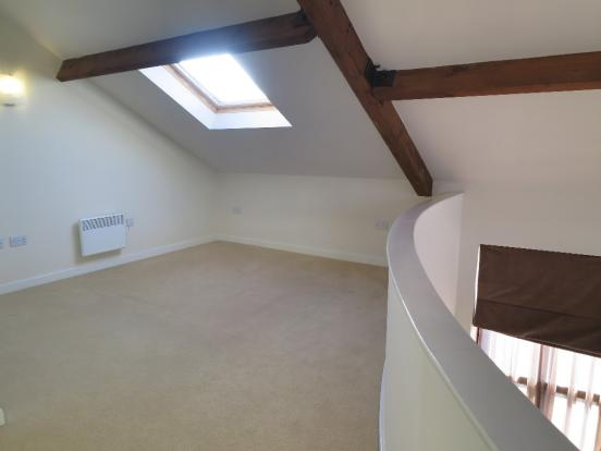Mezzanine Bedroom 1