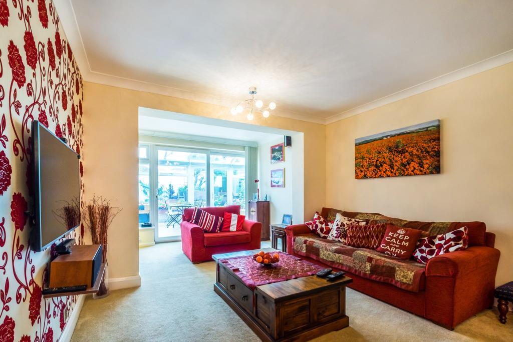 Living Room/Family R