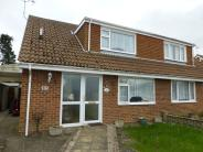 3 bedroom semi detached house in Cedar Crescent...