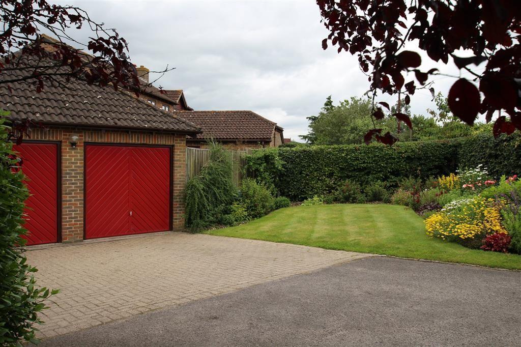 Front garden and gar