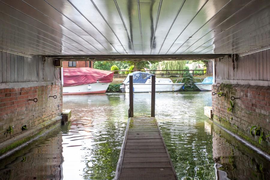 wet dock