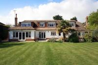 5 bed Detached property in Ferring, Worthing...