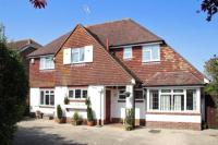 5 bed Detached property for sale in Rustington, West Sussex