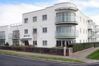 2 bed Flat for sale in Broadmark Lane...