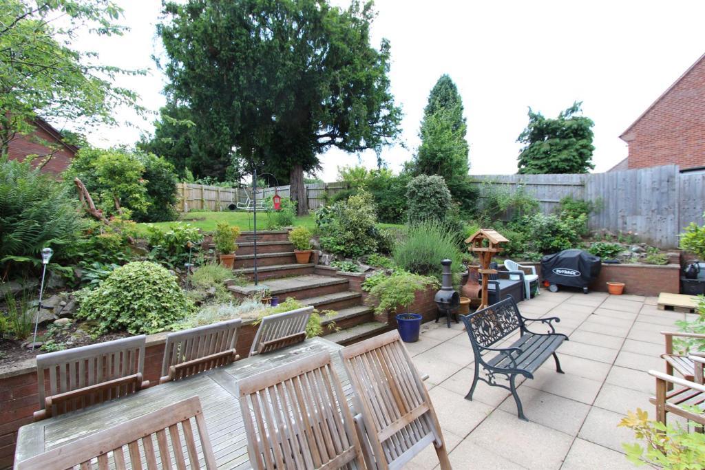 3 Dunley Gardens gar