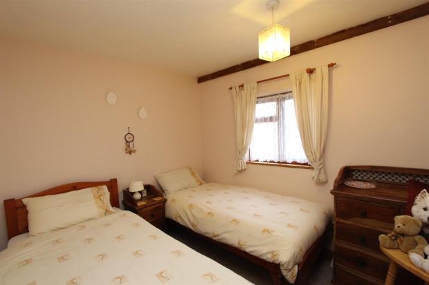 Bedroom 2.JPGhttps:/