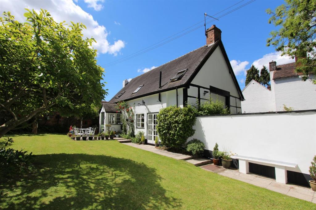 Church Cottage rear