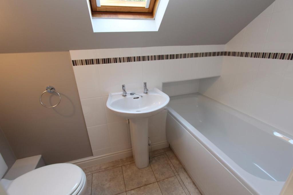 The Forge Bathroom W