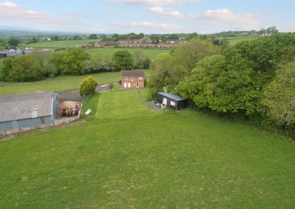Hollies Farm_026.jpg