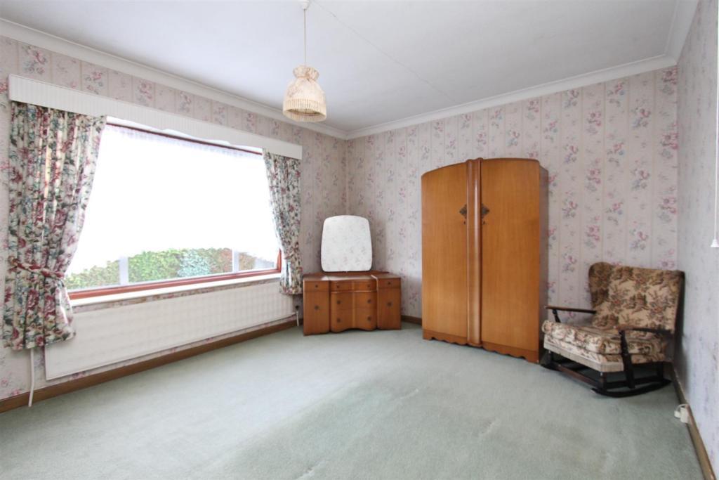 Norley bedroom.jpg