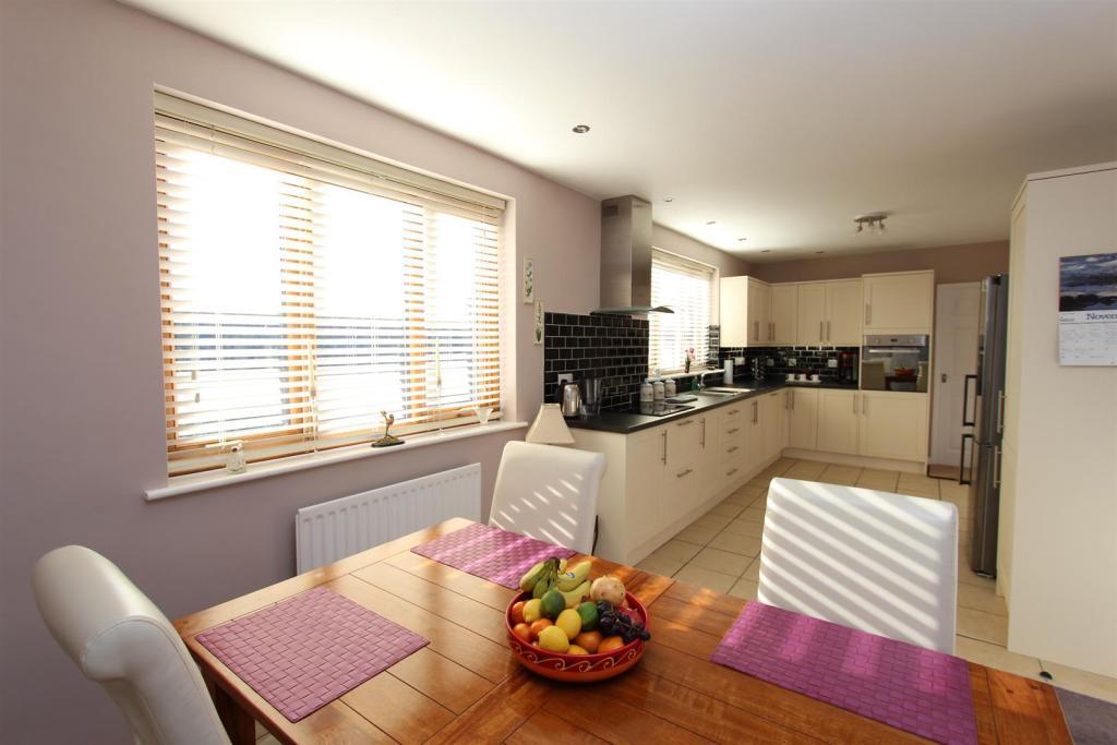 Worthmoore Kitchen D