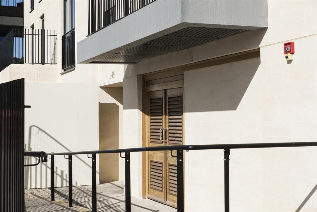 20 Alexandra House,