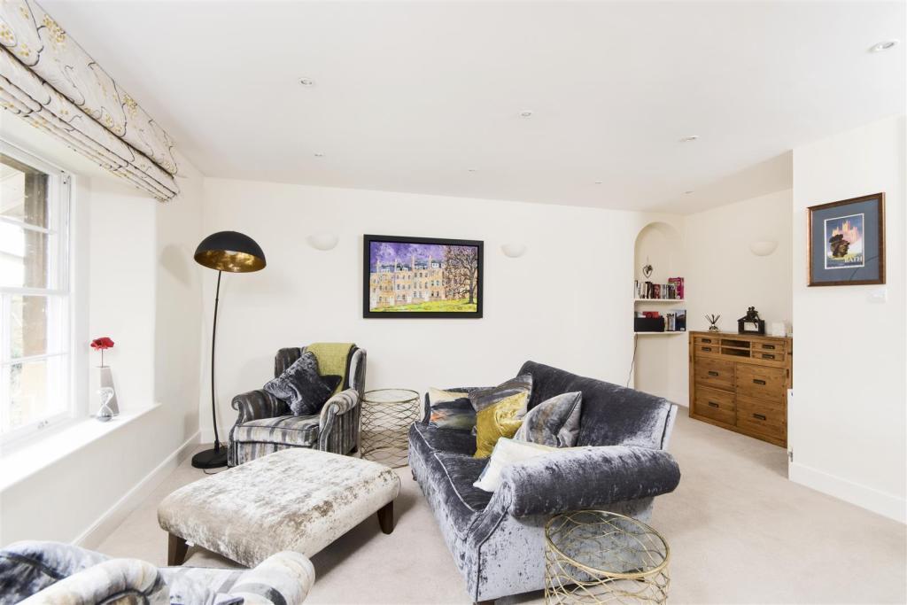 19 Park Lane, Bath,