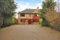 5 bed home in Headstone Lane, Harrow...