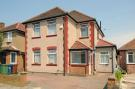 3 bed property for sale in Sidney Road, Harrow...