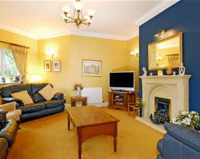 Yellow And Blue Living Room Ideas Blue Yellow Living Room .