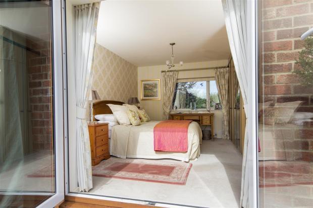 Draycote-Bed2-02A.jp