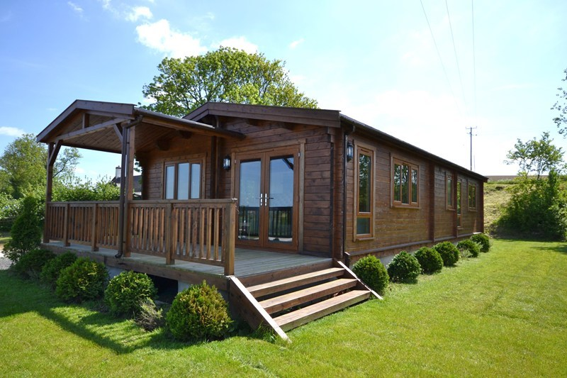 2 bedroom log cabin for sale in kinlet bewdley dy12