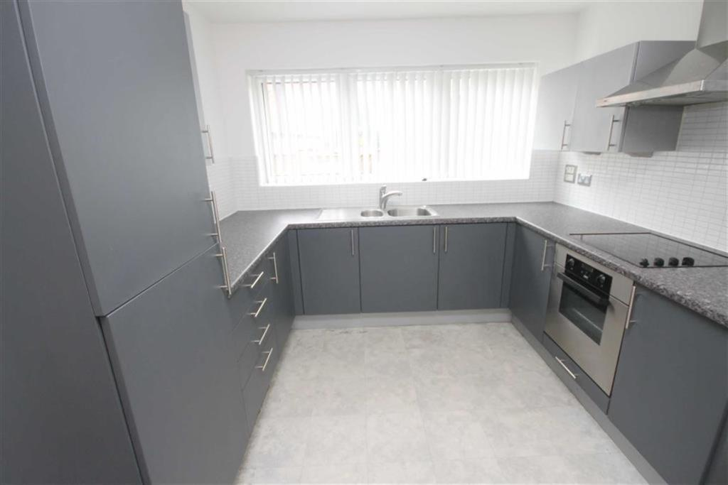 Lounge/Kitchen area