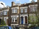 1 bedroom Apartment in Castlewood Road, London