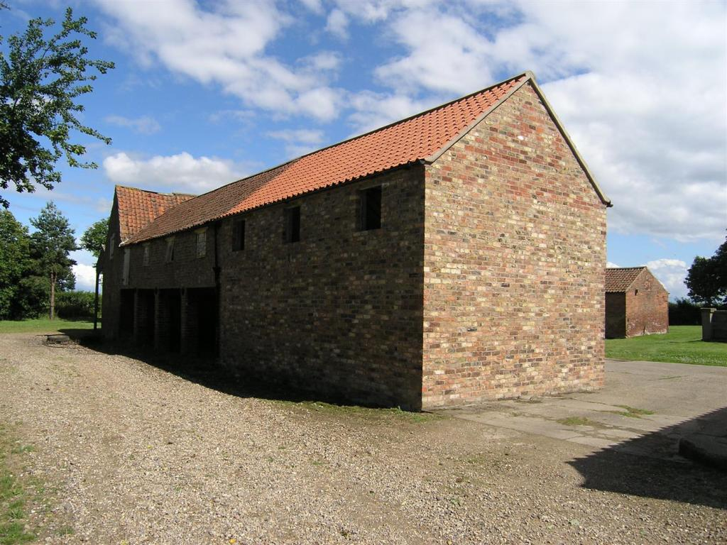UNIT 1 - BARN CONVER