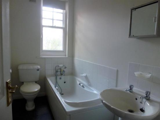 Bathroom / w.c.:
