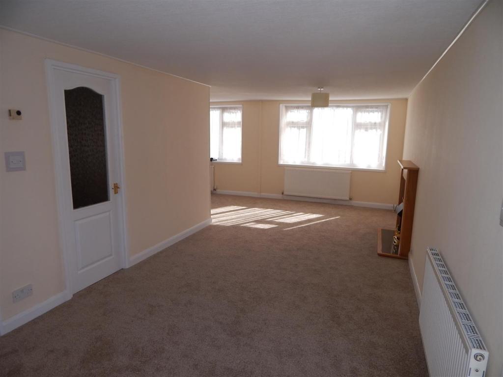 living area: