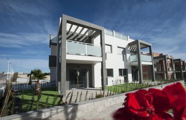 2 bedroom Apartment For Sale: Groundfloor Apartment, Punta Prima, Orihuela, REF – PP01