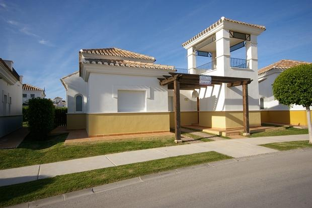 3 bedroom Villa For Sale: Villa Arce, Phase 1, La Torre Golf Resort, REF – LVAR113