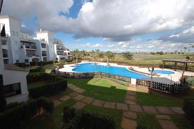 2 bedroom Apartment For Sale: 1st Floor, Phase 3, La Torre Golf Resort, REF – LAF110