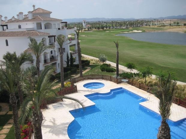 2 bedroom Penthouse For Sale: Penthouse, Phase 3, La Torre Golf Resort, REF – LAP121