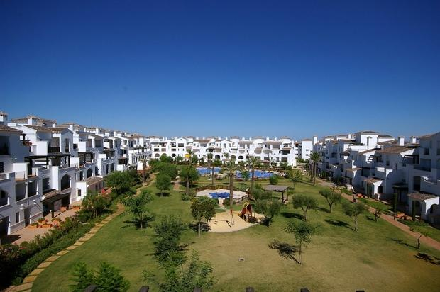 2 bedroom Penthouse For Sale: Penthouse, Phase 9, La Torre Golf Resort, REF – LAP111