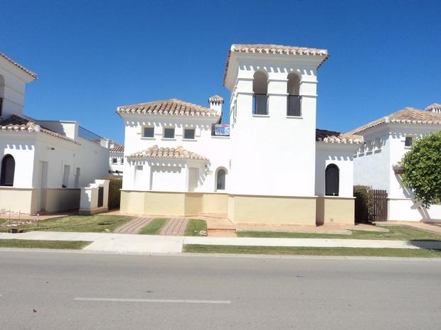 2 bedroom Villa For Sale: Villa Sabina, Phase 2, La Torre Golf Resort, REF – LV110